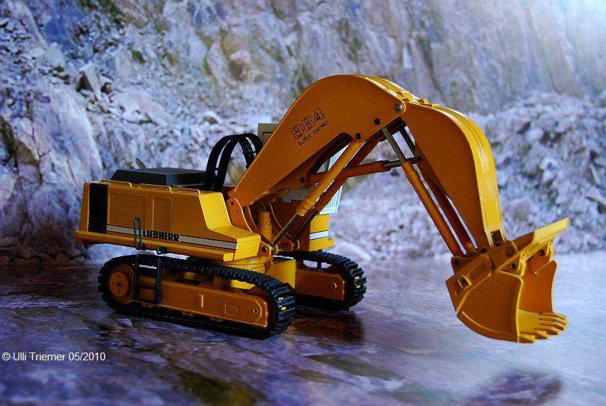 Modell R 984 Hochlöffel Bild 3